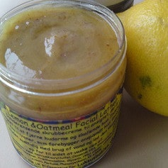 Citron og havregryn - scrub - Mod urenheder og anspændt hud - Helt uden parabener